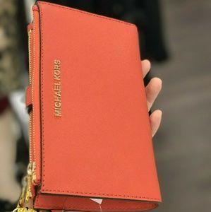 Michael Kors Jet Set Double Zip Wristlet Wallet